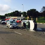 Pics of the accident on William Nicol & N1 this am in which @SimbaThe1 of Top Billing and 8 others passed away. http://t.co/Ksb2II6Kuy