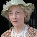 Actress Geraldine McEwan, who played Miss Marple on ITV, has died aged 82, family says http://t.co/jgHNZIwKAX http://t.co/e1c6OdZsn6