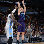 @CodyZeller leads @hornets to 104-86 victory vs @denvernuggets. He went 10/11 from the floor w/ 21pts & added 8rebs. http://t.co/nWD2hSAULR