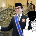 Jackie Chan Is Now A Datuk... But Malaysians Are Not Sure Why http://t.co/uQ32u5hHXV #datukchan http://t.co/3W3Eo1sLP1