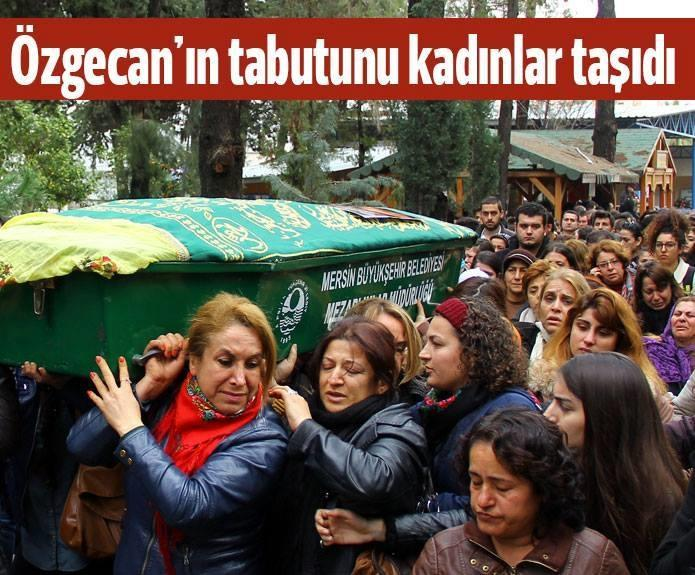 "After brutal rape, murder of Ozgecan Aslan, women ""defy the imam"" to carry the coffin. #Turkey http://t.co/UDOVtbbJoF http://t.co/x8l3hSQAgU"
