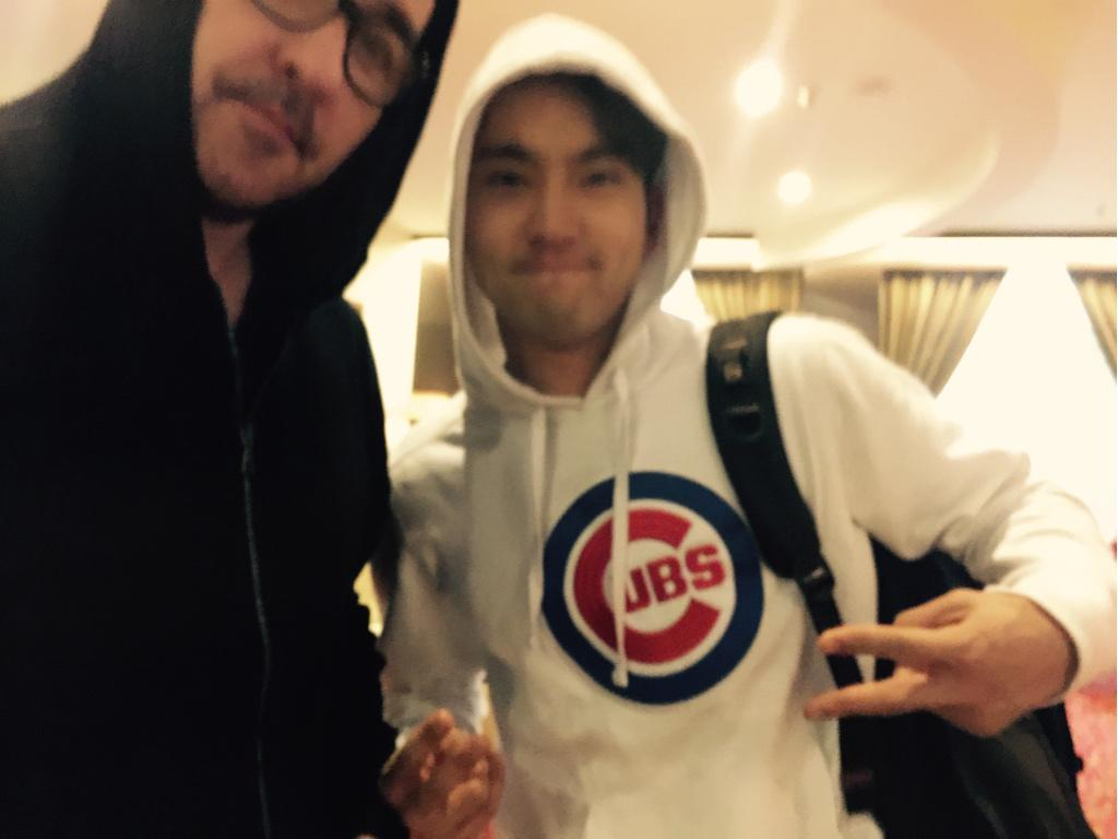 @siwon407 a Cubs fan too this morning on flight to Taipei - all the way from Korea!! Love it http://t.co/9lPxIq66on