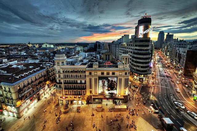 Amanecer en Madrid, España. http://t.co/n53BTDIi