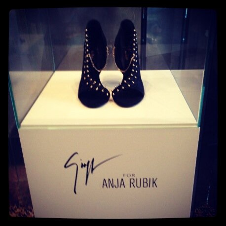 anja rubik's Twitter Photo