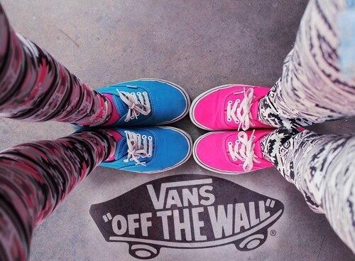 Vans off the wall. http://t.co/C5BFTjF11e #modieus