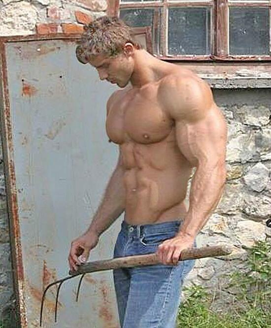 Мускулистый Обнаженный Мужчина