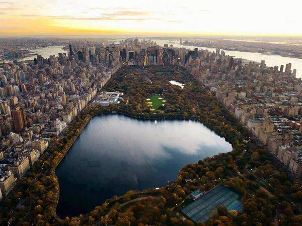 Amazing view of Central Park, New York. http://t.co/FHdYlqWn1z
