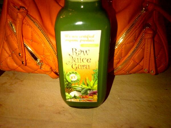 RT @RawJuiceGuru: Power Detox #greenjuice: cilantro, parsley, kale, cucumber, lemon, apple, ginger. #hydrate #cleanse #juicecleanse http://t.co/GiytuUUsLz