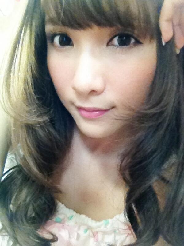 髪をまきまきっ☆ http://t.co/85WhUaSHrJ