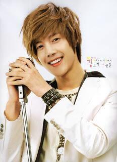 #KimHyunJoong lagii (ˆ⌣ˆʃƪ) ♥ http://t.co/Y1UwFAvkQY