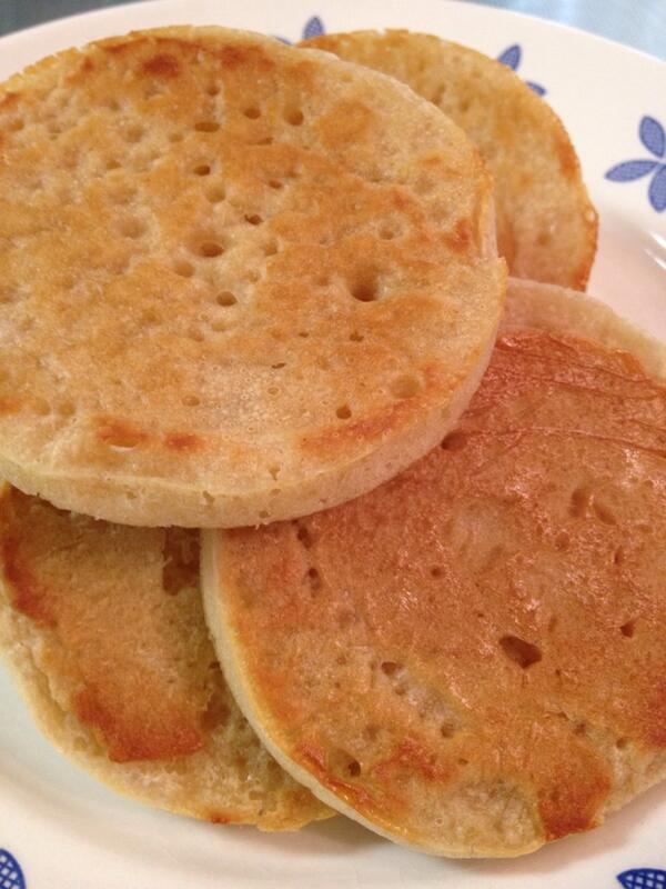 The Crumpets are ready! I need a little something to pair with these little beauties.... http://t.co/Q6p4GzDKVI