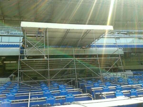 BSW25jqIgAAKTWM {Pictures} Real Madrid preparing stage for Tuesdays presentation of Gareth Bale [AS]