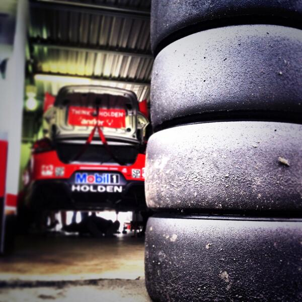 Quali tyres come off for some car tuning #v8sc #winton360 http://t.co/zXe0WXHfwV