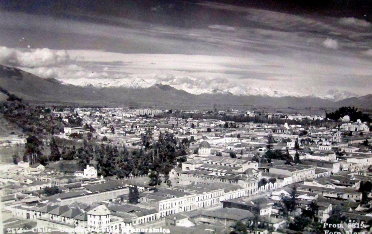 Panorámica sector Independencia en los años '40s. @sebastian_gray @CirculoArq @santiagoadicto @StgoPatrimonial @purb http://t.co/b2huTsXRXX