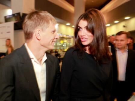 С кем встречается Аршавин на самом деле? : Андрей Аршавин и Алиса Казмина / фото 2 Woman.ru.