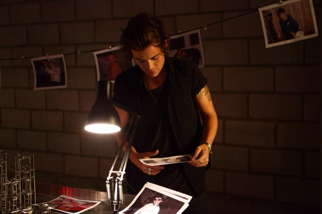 RT @Harry_Styles: Can't wait for you guys to see the video.. http://t.co/tghyUH0RlP http://t.co/lRdf4E7UH2