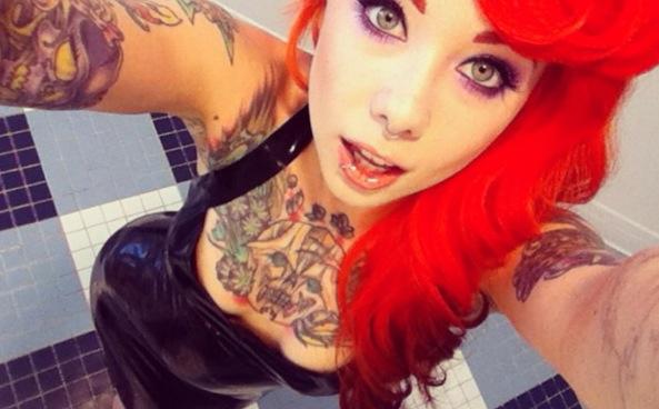 Megan Massacre la tatuadora mas bella. http://t.co/78y2cDIxUk
