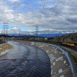 Train, River & Clouds #mydayinla #DTLA #LosAngeles #eastofwestla #photography #rivers http://t.co/Ru5yq5tHSv