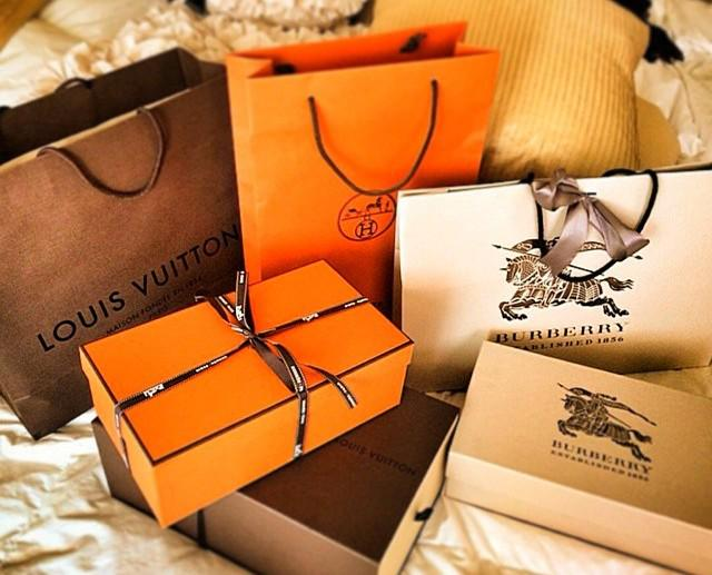 Last few days have been very productive #retailtherapy #hermes #LouisVuitton #Burberry #shopping #stressfree http://t.co/B3l1XsOC7g