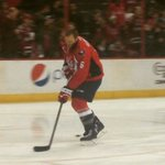 Tim Gleason makes his official #Caps debut during warmups before #CapsLeafs http://t.co/6zzUKO8UT1