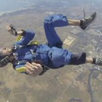 Dramatic rescue as skydiver suffers seizure at 9,000ft. http://t.co/VJMjGY1DBW http://t.co/HYLCylrdtx