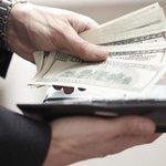 Tasa Simadi se ubicó en 177 bolívares por dólar este lunes http://t.co/yrP3eaNEIv http://t.co/Bi6fVYpaFX