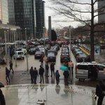 Les #taxis se rassemblent à la gare du Nord afin de bloquer #Bruxelles #direct http://t.co/1vbi5ZxMFn http://t.co/gAIjUkO9Ry