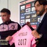 """Vitiello rinnova col Palermo, Baccin: """"Ha firmato un biennale"""" => http://t.co/sYeSVJ3L2e http://t.co/nQVbmsO5N6"""