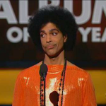 """""""@ShawnMinaj: Prince at home watching Jamal steal his vocals like #Empire http://t.co/u9AYz14rkh"""" ????????????"""