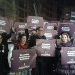 Ilusión y cambio en Granada con @serranojoseluis @KarmenLizarraga @karmy @vero_hs1 #PegandoElCambio http://t.co/BpOj3OJ8kc .@isaranjuez