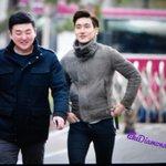 "RT@ nomoneynoeunhae: ""@eihyuk: RT @likeDiamonds116: 150306 at KBS #Siwon (ToT)(ToT) http://t.co/CmRKy3eKqK"""