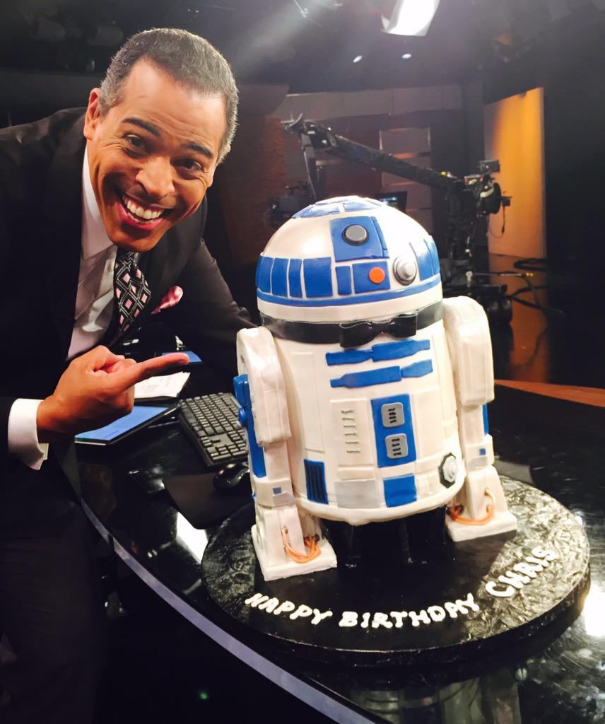 Best birthday (weekend) cake EVER! Helen Wirth Cakes did this for me! Have a great weekend #KTLAfamily!#StarWarsNerd http://t.co/Ng2zP2B4Qq