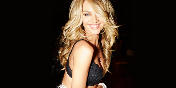 Hair & makeup moment with @AngelCandice. Pic by @nomadrj. Watch the #VSFashionShow Dec. 10 on @CBS http://t.co/L4zkGwqEvQ