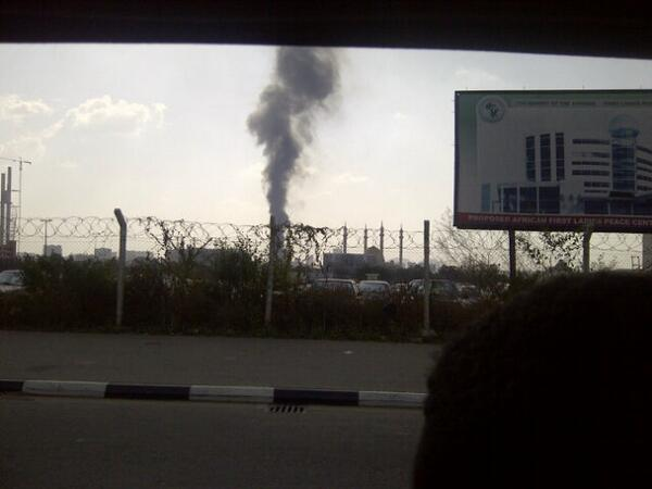 "Felt dt xplosion here. Wit d whole buildn shakin""@Sweetchiommy: Nnpc Abuja is on fire http://t.co/fCT9KmMaRX"""