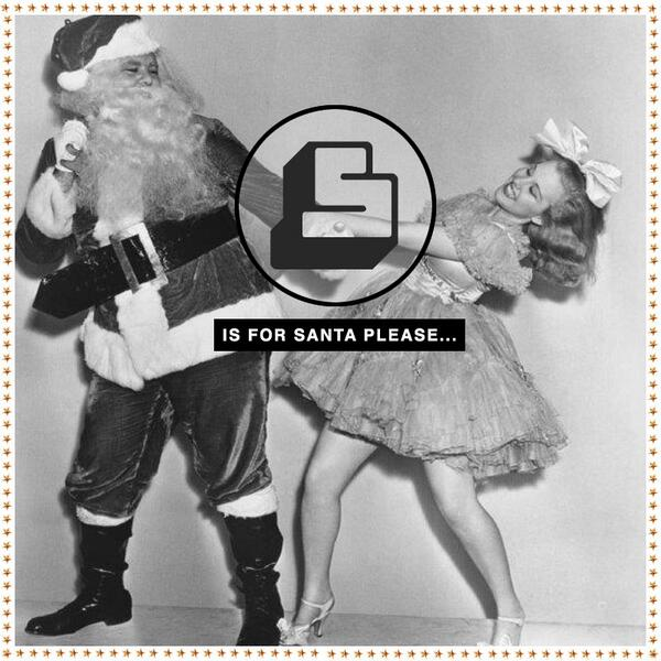 S is for Santa please & today we're crying out for a pair of @MonkeeGenes RT & follow for your chance to win a pair! http://t.co/UHrt7nmTW3
