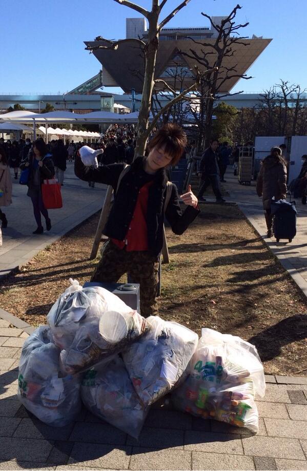 【C85】 キモヲタのゴミの不法投棄が酷すぎると話題に