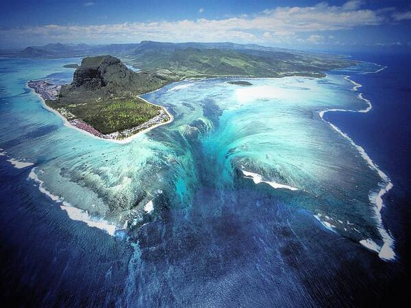 Mauritius Island http://t.co/G5wPUoGkil