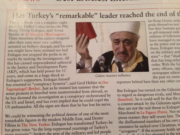 Why is Robert De Niro running Turkey?  Doesn't he have enough to do?   #YouTalkingToMe? http://t.co/R8NOzFWGTT