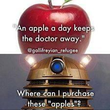 Oh MYYYYYYYYYYYYYYY. RT @GeorgeTakei: An apple a da-lek... http://t.co/jTlYHlj1nB