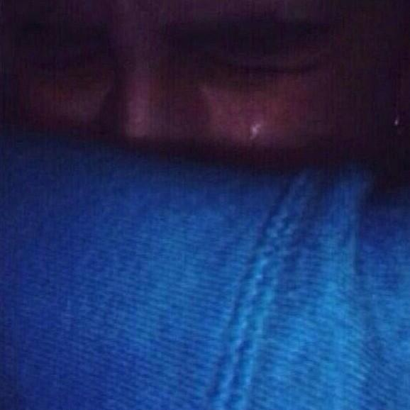 was this justin when he hugged jeremy? if so I cant take the pain, it hurts so much http://t.co/MyYIgLsid8
