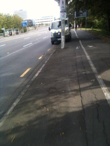 Thank god there's a pole in the middle of the bike lane - otherwise I might've hit the police van. http://t.co/eOg9CXHAZu