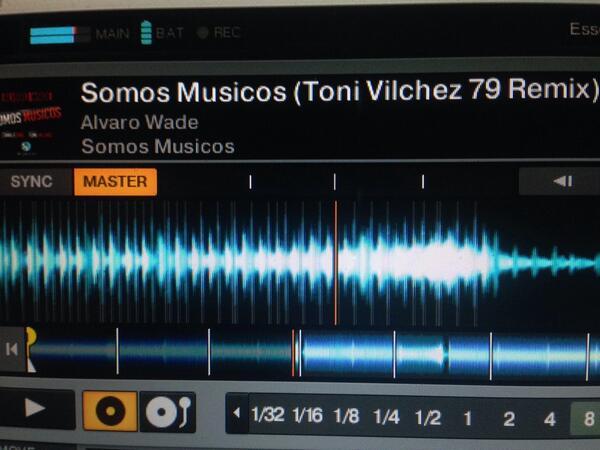#nowplaying Serotonin Sessions http://t.co/aUrUGHTG8C @AlvaroWade @bedroomuzik Toni Vilchez 79 rmx http://t.co/KHp3urRs9Z