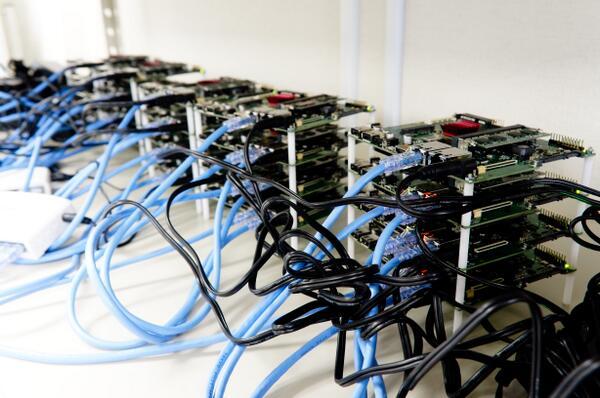 cluster of 20 quad core ARM-based Novena boards designed by @bunniestudios. hee hee hee #nerdgasm http://t.co/3sjjhFylhO