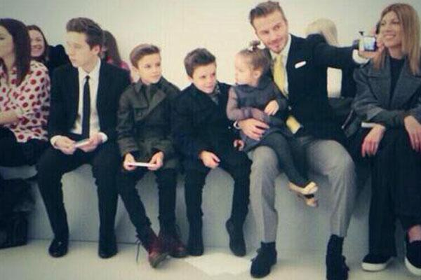 """@OK_Magazine: So this is what the Beckhams got up to on the FROW at NYFW: http://t.co/nTKojrugXG  http://t.co/qUiCwR7oFk"""