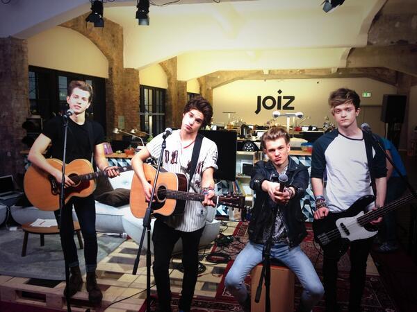 Live on @joizde TV 5:30-6:30 DE Time http://t.co/2HoQdVxBag