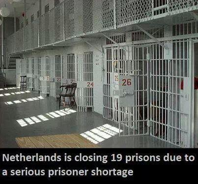 Meanwhile, in a free country... #Netherlands http://t.co/5W426jP5Kt