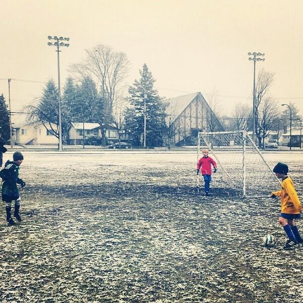 Saturday morning #soccer in the snow. We remain undefeated in 2014. #vafc #vancouver http://t.co/0Uhm3vs12q