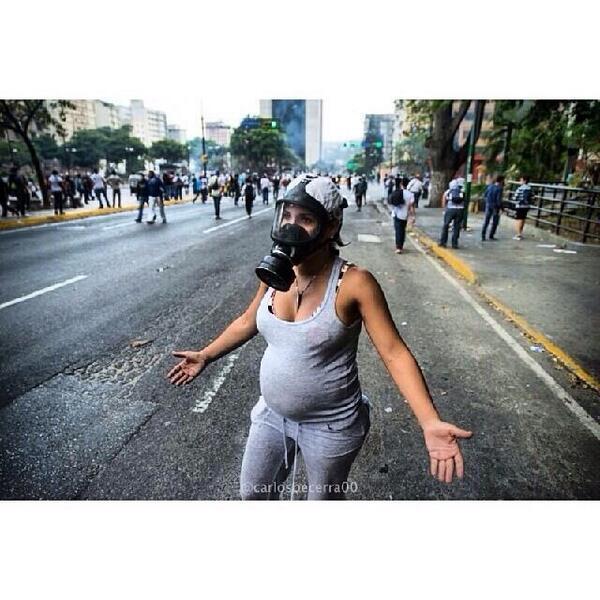 Be a voice for this woman #OscarsForVenezuela @LeoDiCaprio @Pharrell @TheEllenShow #SOSVenenezuela http://t.co/rjXs4EbQQe @freites_marucha