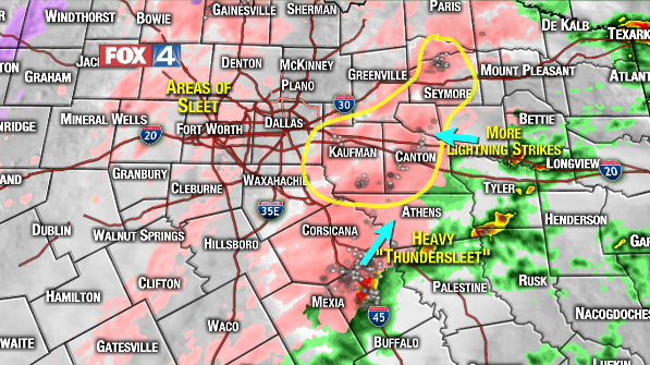 """3pm radar: widespread """"thundersleet"""" east and southeast of DFW moving to the northeast. This will accumulate quickly. http://t.co/ATeBwe0S5M"""