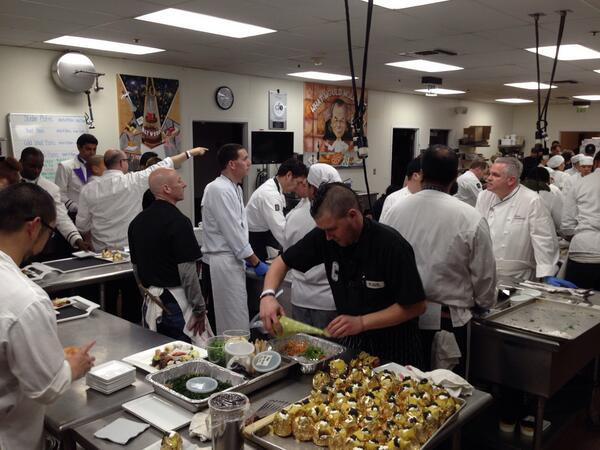 The #WPCatering kitchen running at full speed. #Oscars #GovernorsBall http://t.co/8jFDwEHd22